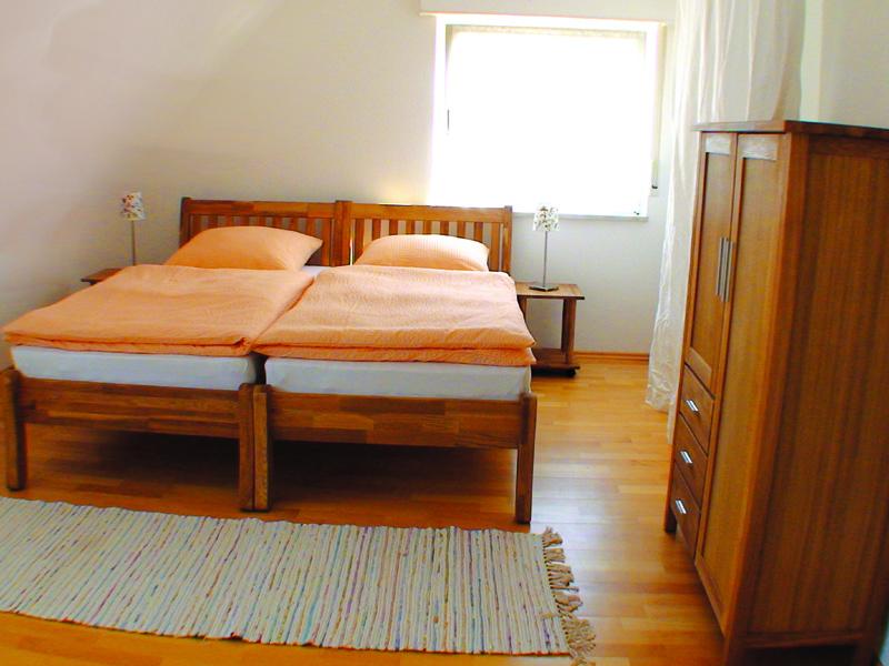 Bild Schlafzimmer Doppelbett
